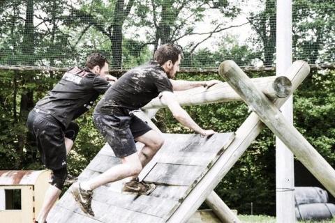 Une course à se traîner dans la boue naît à Lutry